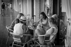 Conversazione al Bar